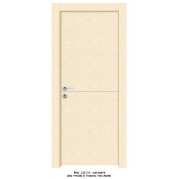 Porta Laccata Rivestita in Frassino con Inserti Filo anta
