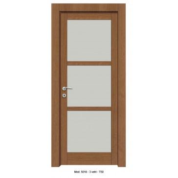 Porta Listellare rivestita in Laminato con Pannelli Bugnati Modello 5018B - 3 Vetri