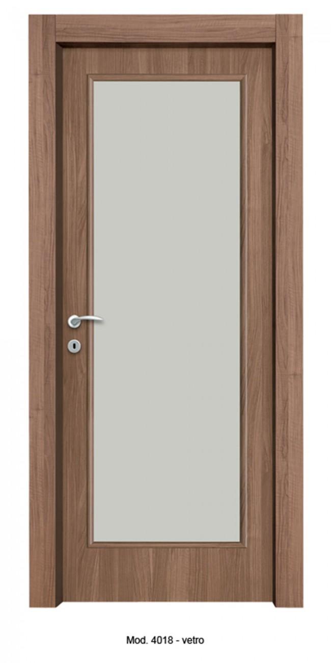 Porta tamburata con vetro rivestita in laminato noce - Porta tamburata ...