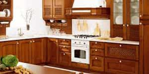 Cucine in legno o finta muratura su misura